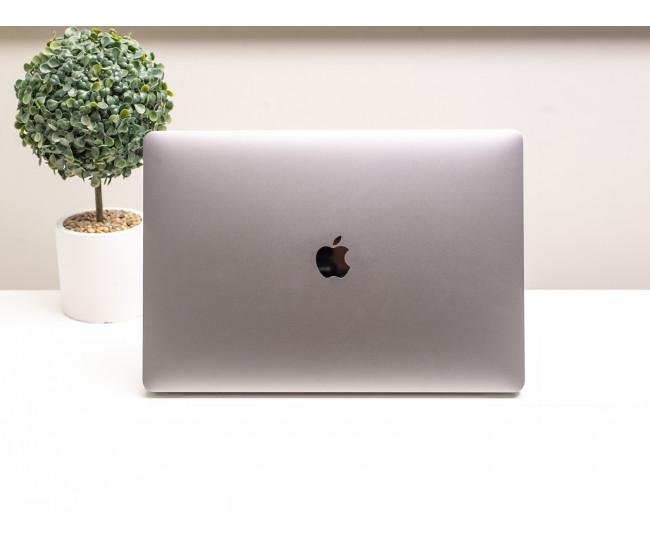 Apple MacBook Pro 15 Space Gray 2018 (MR942) б/у