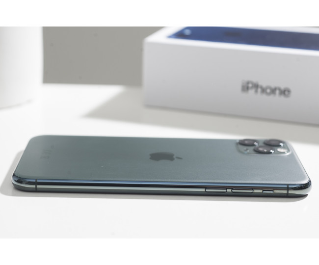 iPhone 11 Pro Max 512gb, Midnight Green (MWHC2) б/у