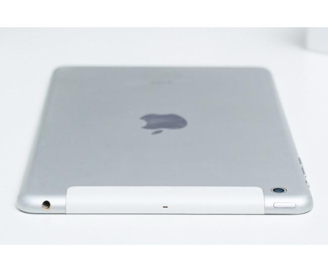 iPad mini Wi-Fi, 32gb, White б/у