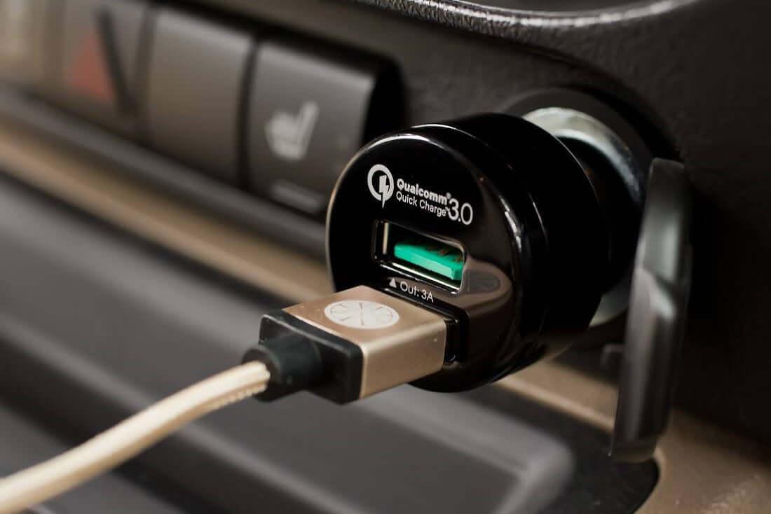 Автомобильные зарядные устройства