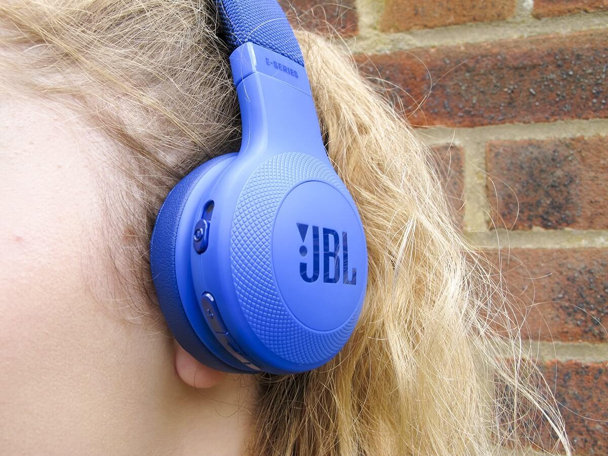 Наушники JBL E45BT