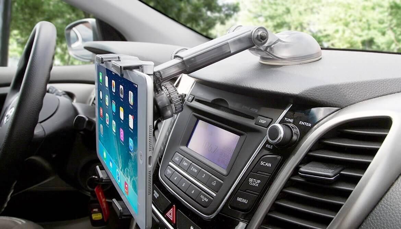 Держатель для планшета в машину